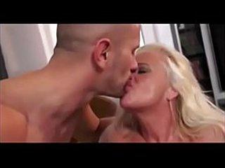 SEXY GRANNY  ANAL-FUCKING