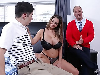 FILTHY FAMILY - Stepmom Ava Addams Fucks Broadly Connor Kennedy's Virginity